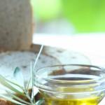 パンにはオリーブオイルをつけると美味しい?