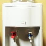 ウォーターサーバー 冷たい水と熱いお湯が出てくる秘密